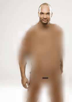 Joyce Kulhawik nackt mit Penis zeigt